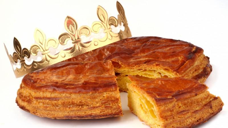 La galette des rois et sa couronne